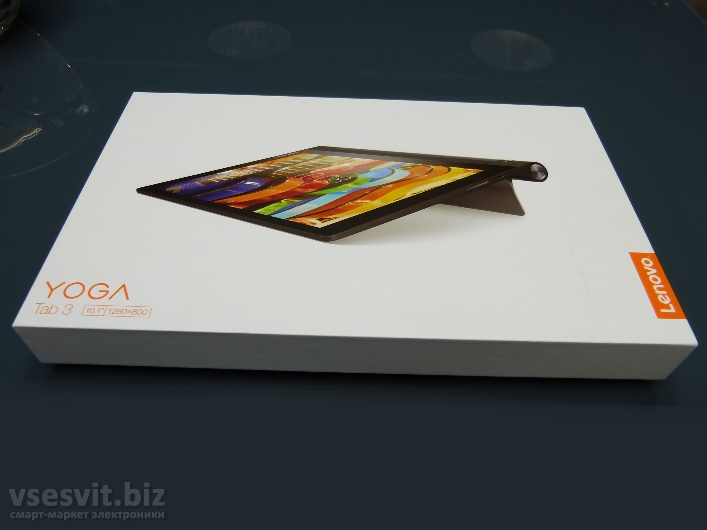 Упаковка Lenovo Yoga Tablet 3 10