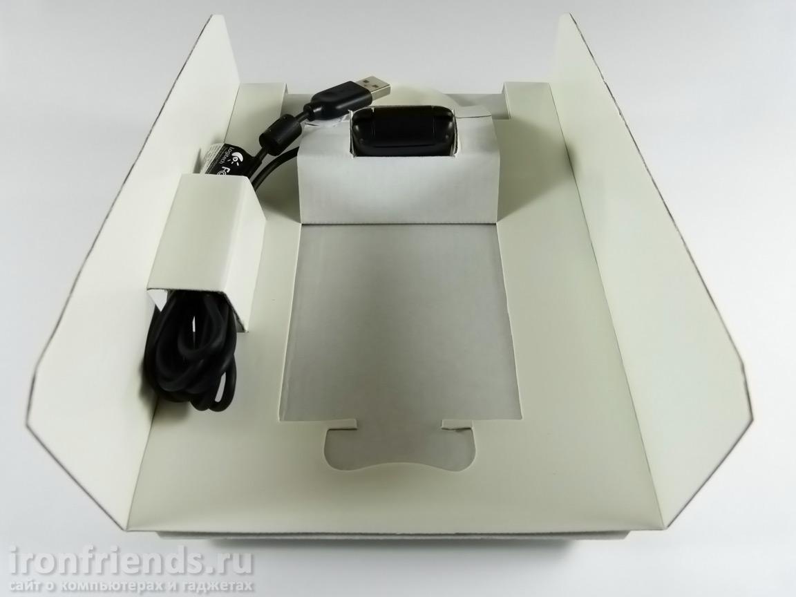 Упаковка Logitech C270
