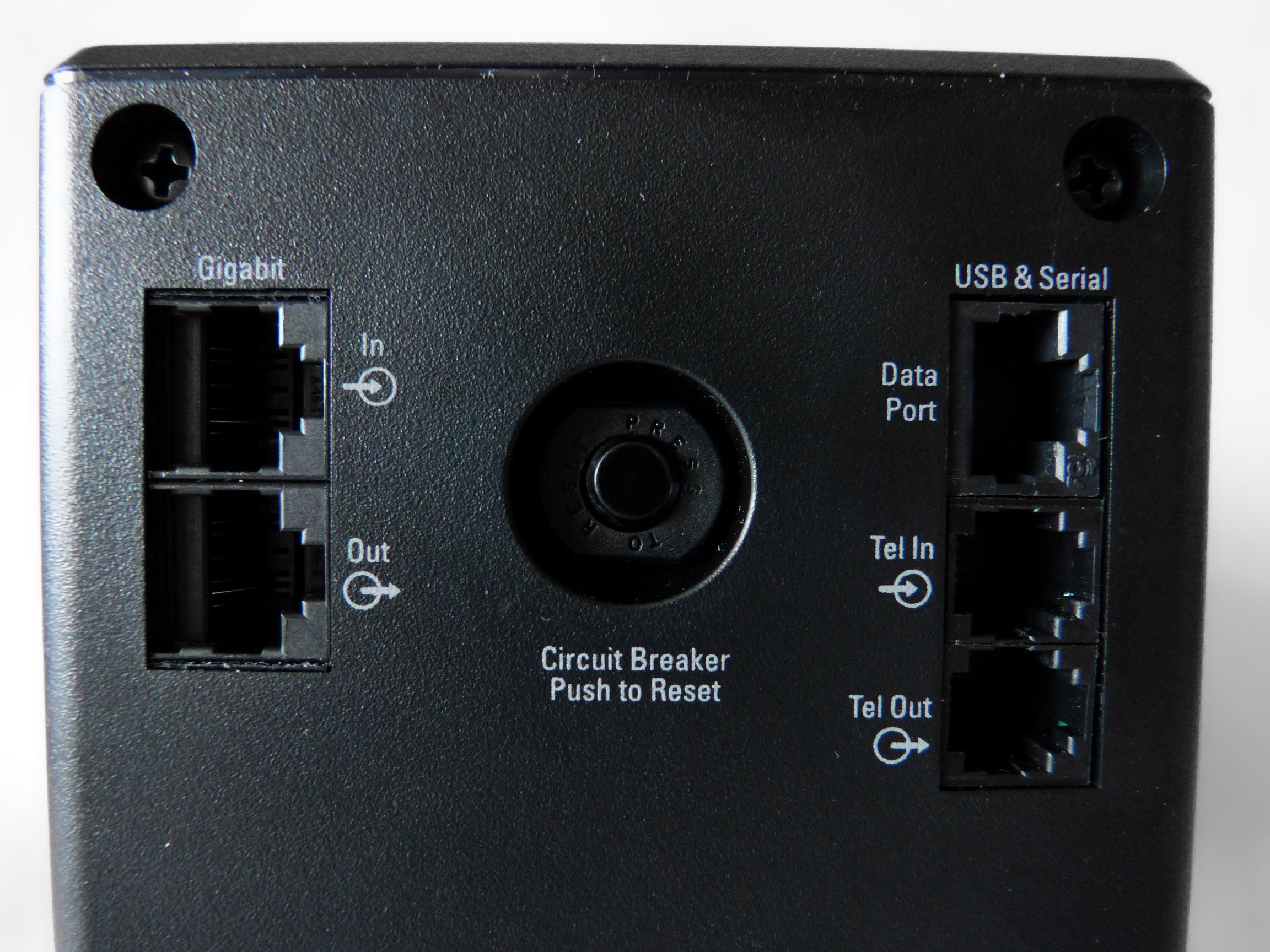 APC Back-UPS Pro 900 (BR900GI/BR900G-RS)