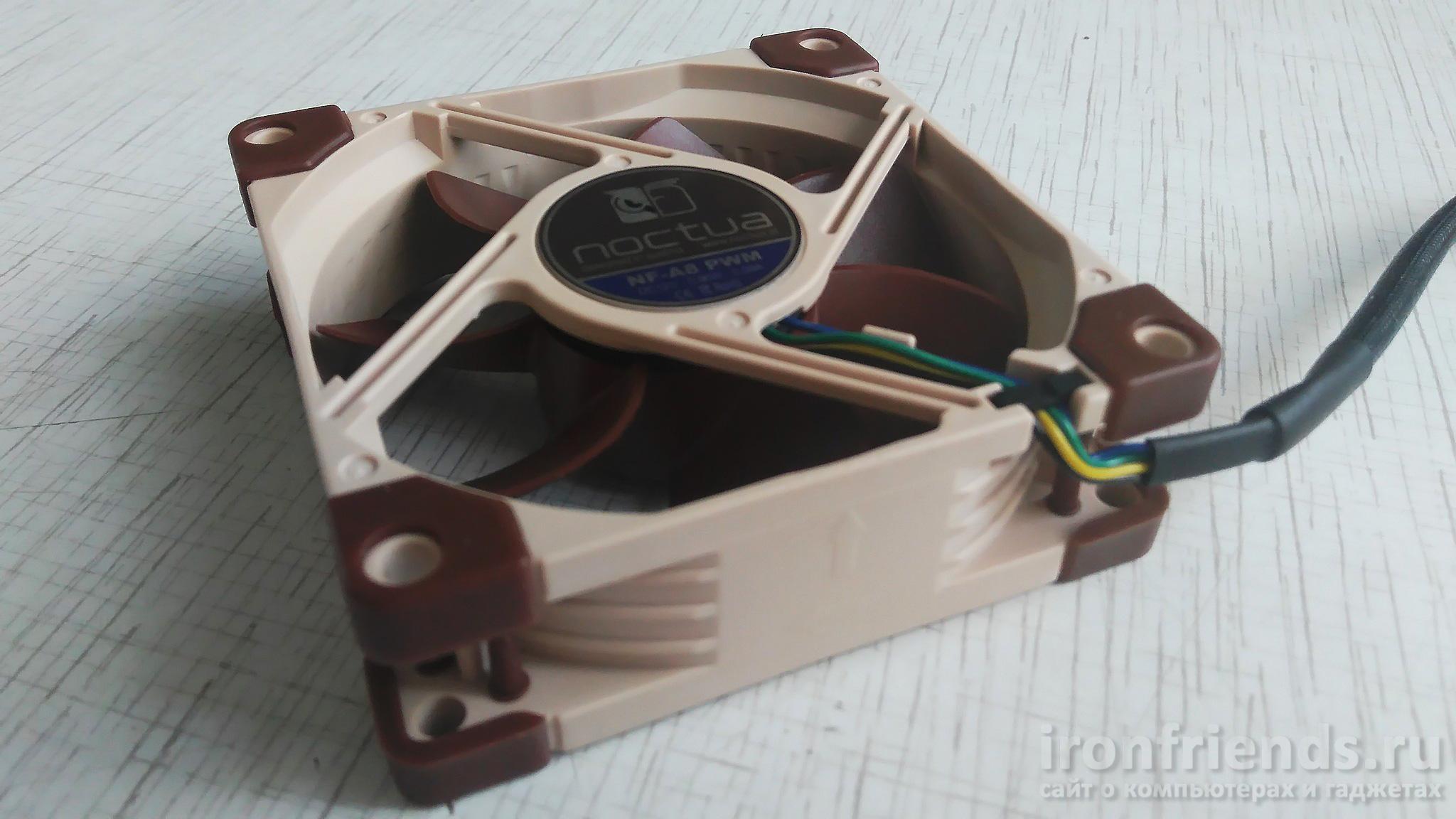Вентилятор Noctua NF-A8 PWM