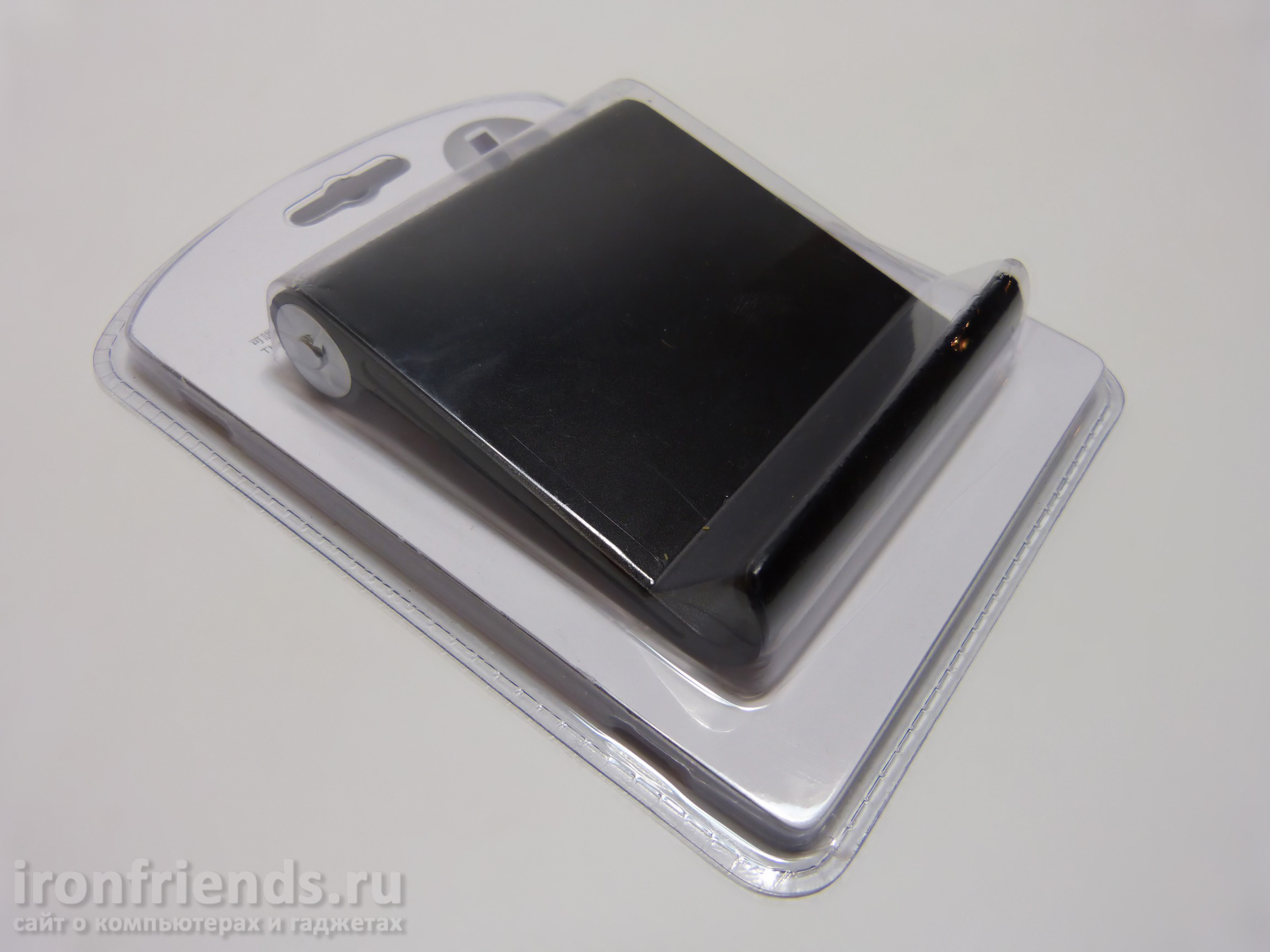 Подставка для смартфона в упаковке