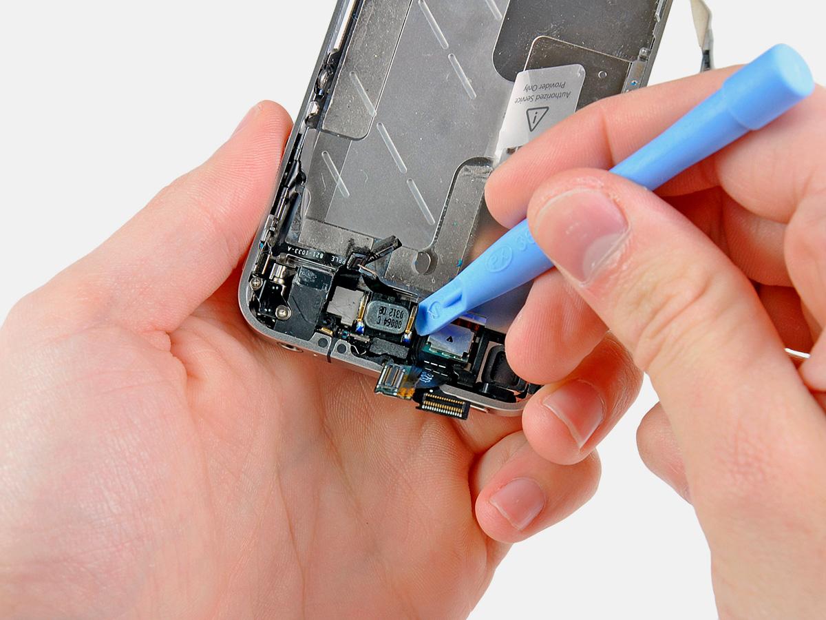 Замена динамикаiPhone 4/4S