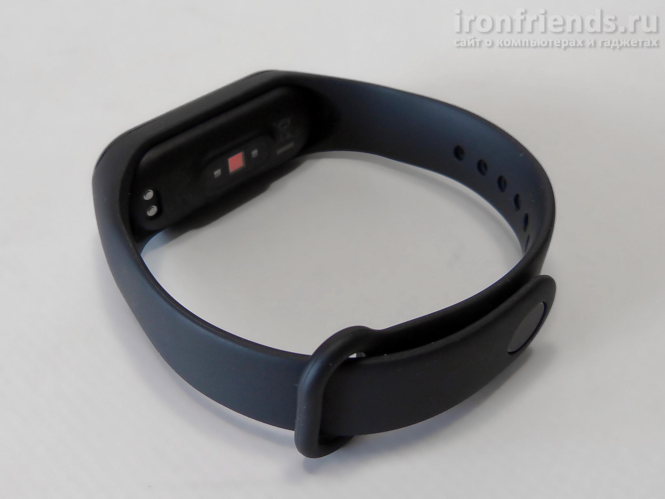 Смарт-браслет Xiaomi Mi Smart Band 4