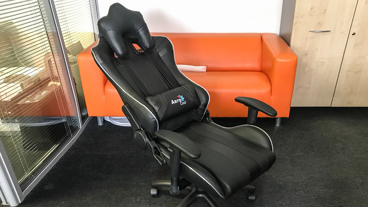 Игровое кресло AeroCool