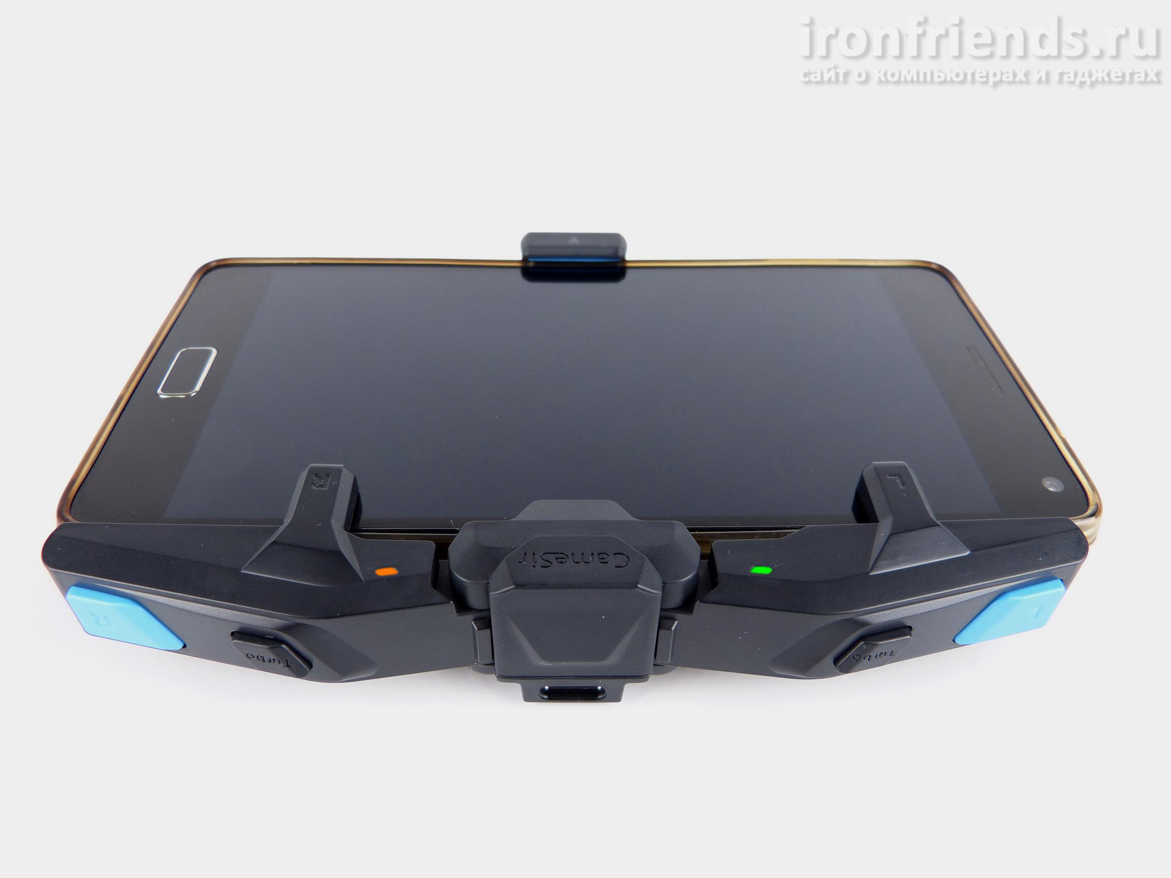 Игровой контроллер GameSir F4 Falcon со смартфоном